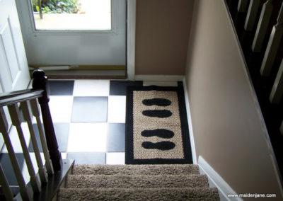 DIY Painted Floor Rug Tutorial at akaCinders' Place