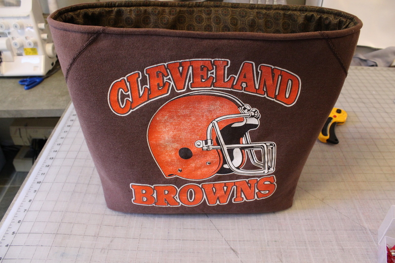 Upcycled Sweatshirt Tote #diy #football @maidenjane